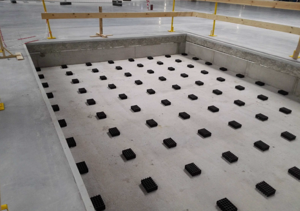 Construction of a machine isolation pit using Farrat ISOMAT materials
